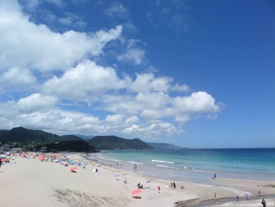 Wakacje w Japonii - plaża Shirahama w Shimodzie