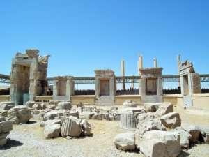 Podróż do Iranu - Starożytne ruiny